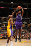 Sacramento Kings v Los Angeles Lakers: Jason Thompson and Lamar Odom Photographic Print by Noah Graham