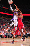Los Angeles Clippers v Phoenix Suns: Hakim Warrick and Brian Cook Photographic Print by P.A. Molumby