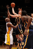 Utah Jazz v Los Angeles Clippers: Tyler Hansbrough and Lamar Odom Photographic Print by Noah Graham
