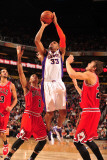 Chicago Bulls v Phoenix Suns: Grant Hill Photographic Print by Barry Gossage