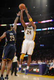 Utah Jazz v Los Angeles Clippers: Kobe Bryant and Brandon Rush Photographic Print by Noah Graham