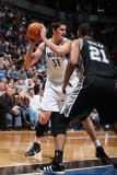 San Antonio Spurs v Minnesota Timberwolves: Darko Milicic and Tim Duncan Photographic Print by David Sherman