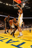San Antonio Spurs v Golden State Warriors: George Hill Photographie par Jed Jacobsohn