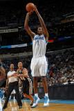 San Antonio Spurs v New Orleans Hornets: Trevor Ariza Photographic Print by Layne Murdoch