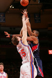 Atlanta Hawks v New York Knicks: TImofey Mozgov and Al Horford Photographic Print by Jeyhoun Allebaugh