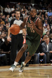 Milwaukee Bucks v Cleveland Cavaliers: John Salmons Photographic Print by David Liam Kyle