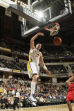 Toronto Raptors v Indiana Pacers: Josh McRoberts Photographic Print by Ron Hoskins