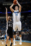 San Antonio Spurs v New Orleans Hornets: Jason Smith and Manu Ginobili Photographic Print by Layne Murdoch