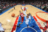 New Jersey Nets v Philadelphia 76ers: Devin Harris and Tony Battie Photographic Print by Jesse D. Garrabrant