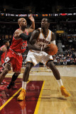 Chicago Bulls v Cleveland Cavaliers: J.J. Hickson and Taj Gibson Photographic Print by David Liam Kyle
