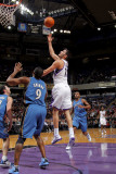 Washington Wizards v Sacramento Kings: Omri Casspi and Gilbert Arenas Photographic Print by Rocky Widner