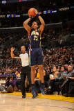 Indiana Pacers v Los Angeles Lakers: Brandon Rush Photographie par Andrew Bernstein