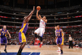 Los Angeles Lakers v Los Angeles Clippers: Eric Gordon and Lamar Odom Photographic Print by Noah Graham