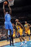 Oklahoma City Thunder v New Orleans Hornets: Serge Ibaka Photographic Print by Layne Murdoch