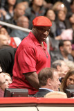 Sacramento Kings v Los Angeles Clippers: Michael Clarke Duncan Photographie par Noah Graham
