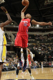 Los Angeles Clippers v Indiana Pacers: Eric Gordon Photographic Print by Ron Hoskins