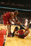 Cleveland Cavaliers v Miami Heat: Antawn Jamison and Mo Williams Photographic Print by Issac Baldizon