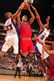 Chicago Bulls v Phoenix Suns: Grant Hill, Channing Frye and Derrick Rose Photographic Print by Barry Gossage