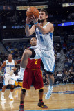 Cleveland Cavaliers v New Orleans Hornets: Marco Belinelli Photographic Print by Layne Murdoch