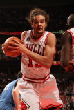 Minnesota Timberwolves v Chicago Bulls: Joakim Noah Photographic Print by Ray Amati