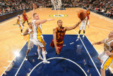 Cleveland Cavaliers v Indiana Pacers: Ramon Sessions and Josh McRoberts Photographic Print by Ron Hoskins