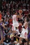 Phoenix Suns v Houston Rockets: Kevin Martin Photographic Print by Bill Baptist