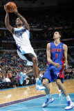 Detroit Pistons v New Orleans Hornets: Trevor Ariza and Austin Daye Photographic Print by Layne Murdoch