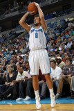 Sacramento Kings v New Orleans Hornets: Marco Belinelli Photographic Print by Layne Murdoch