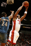 Washington Wizards v Miami Heat: Erick Dampier and Hilton Armstrong Photographic Print by Issac Baldizon