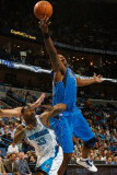 Dallas Mavericks v New Orleans Hornets: Brendan Haywood and Willie Green Photographic Print by Chris Graythen