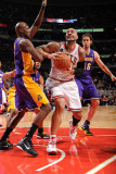 Los Angeles Lakers v Chicago Bulls: Carlos Boozer, Lamar Odom and Pau Gasol Photographic Print by Andrew Bernstein