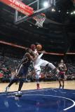 Indiana Pacers v Atlanta Hawks: Josh Smith and James Posey Fotografisk tryk af Scott Cunningham