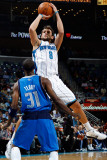 Dallas Mavericks v New Orleans Hornets: Marco Belinelli and Jason Terry Photographic Print by Chris Graythen