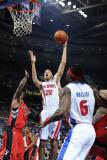 Toronto Raptors v Detroit Pistons: Tayshaun Prince, Sonny Weems and Ben Wallace Fotografisk tryk af Allen Einstein