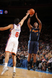 Denver Nuggets v New York Knicks: Chauncey Billups and Landry Fields Photographic Print by Nathaniel S. Butler