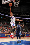 Memphis Grizzlies v Los Angeles Clippers: Eric Gordon and O.J. Mayo Photographic Print by Noah Graham