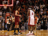 Cleveland Cavaliers  v Miami Heat: LeBron James, Mo Williams and Anderson Varejao Photographic Print by Mike Ehrmann