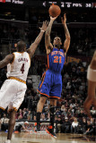 New York Knicks v Cleveland Cavaliers: Wilson Chandler and Antawn Jamison Photographic Print by David Liam Kyle