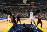 Miami Heat v Memphis Grizzlies: Zach Randolph, Eddie House, LeBron James, Udonis Haslem and Juwan H Fotografie-Druck von Joe Murphy