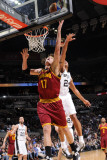 Cleveland Cavaliers  v San Antonio Spurs: Anderson Varejao and Richard Jefferson Photographic Print by D. Clarke Evans