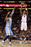 Denver Nuggets v Phoenix Suns: Channing Frye Photographic Print by Christian Petersen