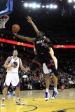 Miami Heat v Golden State Warriors: Dwayne Wade Photographic Print by  Ezra