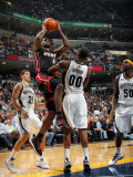 Miami Heat v Memphis Grizzlies: LeBron James and Darrell Arthur Photographic Print by Joe Murphy