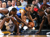 Golden State Warriors v Memphis Grizzlies: Stephen Curry, Mike Conley, Tony Allen and Darrell Arthu Photographic Print by Joe Murphy