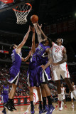 Sacramento Kings v Houston Rockets: Jordan Hill and DeMarcus Cousins Photographic Print by Bill Baptist