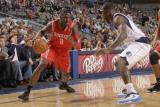 Houston Rockets v Dallas Mavericks: Jermaine Taylor and Dominique Jones Photographic Print by Danny Bollinger