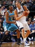 New Orleans Hornets v Dallas Mavericks: Dirk Nowitzki, Didier llunga-Mbenga Photographic Print by Layne Murdoch