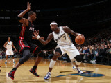 Miami Heat v Washington Wizards: Andray Blatche and Chris Bosh Photographic Print by Ned Dishman