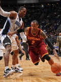 Cleveland Cavaliers  v Orlando Magic: Mo Williams and Dwight Howard Photographic Print by Fernando Medina