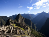 Machu Picchu, Ruins Leftover from the Inca Empire, in Peru Photographie par Michael Hanson